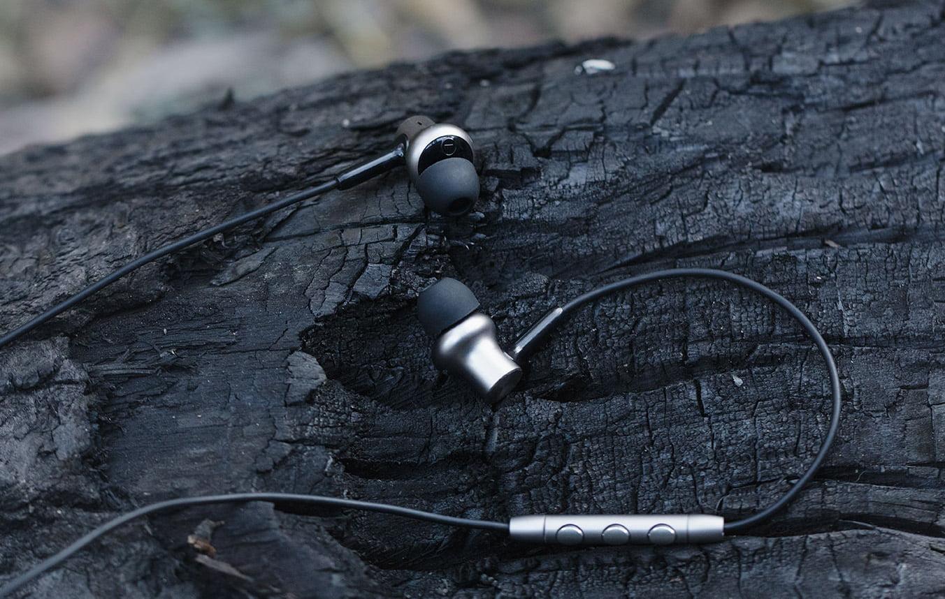 tai nghe mi in ear headphone piston iron pro hd 605066ea30c86