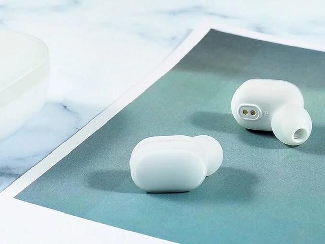 Tai nghe bluetooth Xiaomi Airdots có thiết kế đơn giản, hài hòa